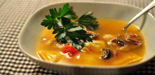 Recipe: Chicken Ravioli Soup with Mushrooms and Tomato